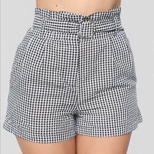 ✨2/30$✨NWT High waisted checker shorts